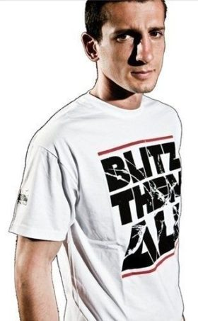 "T-Shirt ""Blitz them all"" Wit"