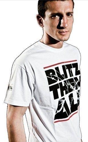 "T-Shirt ""Blitz them all"" Wit"