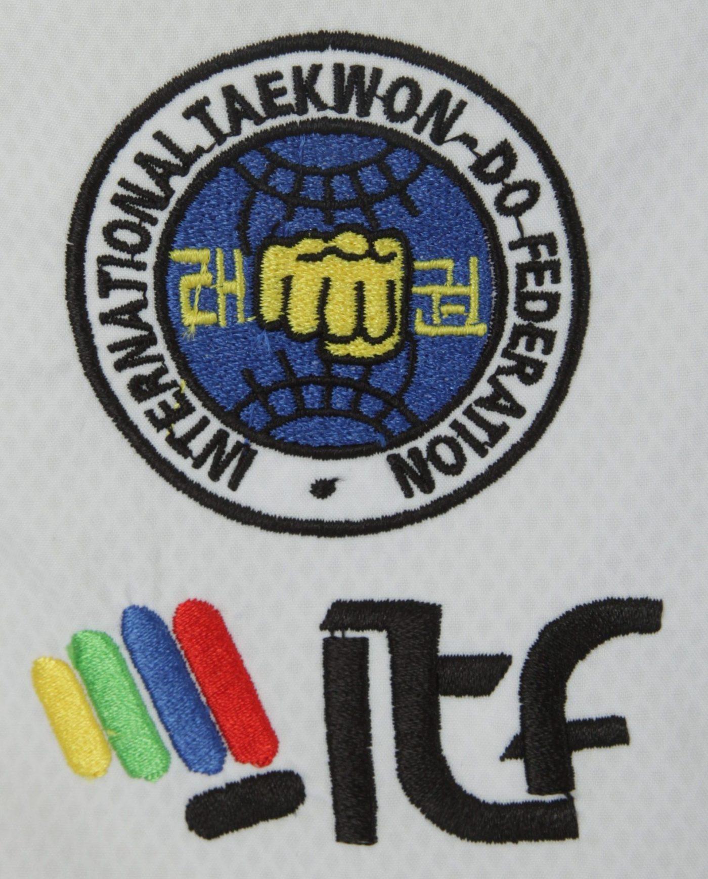 "TOP TEN Taekwondo Master Dobok ""Premium gold"" (ITF approved) Wit"